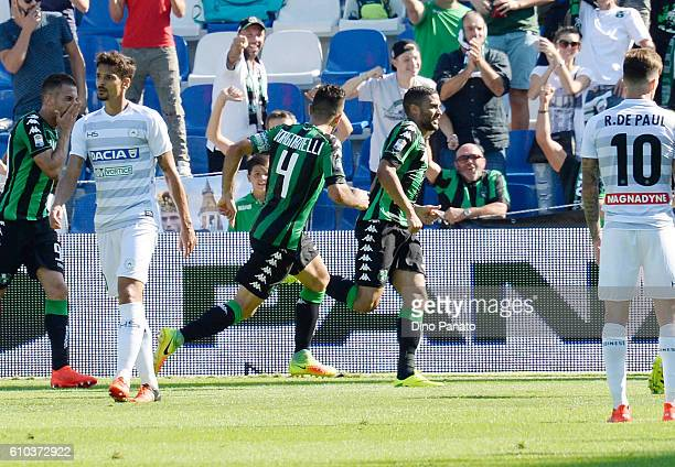 Gregoire Defrel of US Sassuolo celebrates after scoring his opening goal during the Serie A match between US Sassuolo and Udinese Calcio at Mapei...