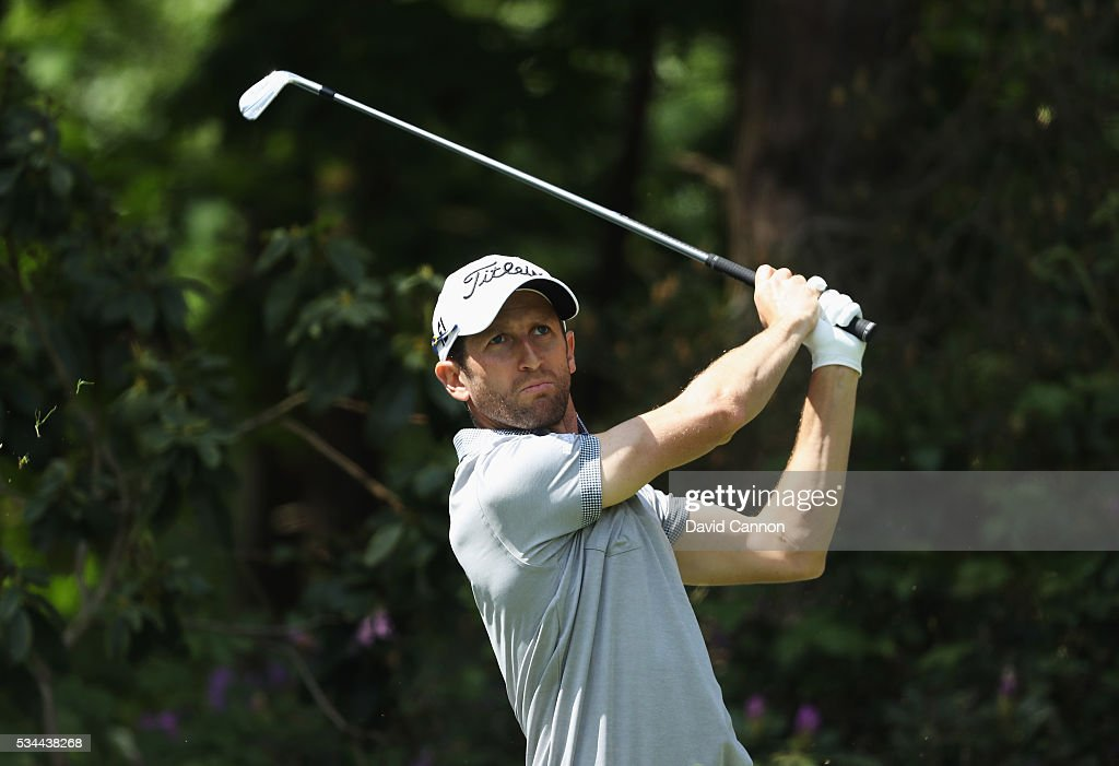 <a gi-track='captionPersonalityLinkClicked' href=/galleries/search?phrase=Gregory+Bourdy&family=editorial&specificpeople=576091 ng-click='$event.stopPropagation()'>Gregory Bourdy</a> of France tees off on the 10th hole during day one of the BMW PGA Championship at Wentworth on May 26, 2016 in Virginia Water, England.