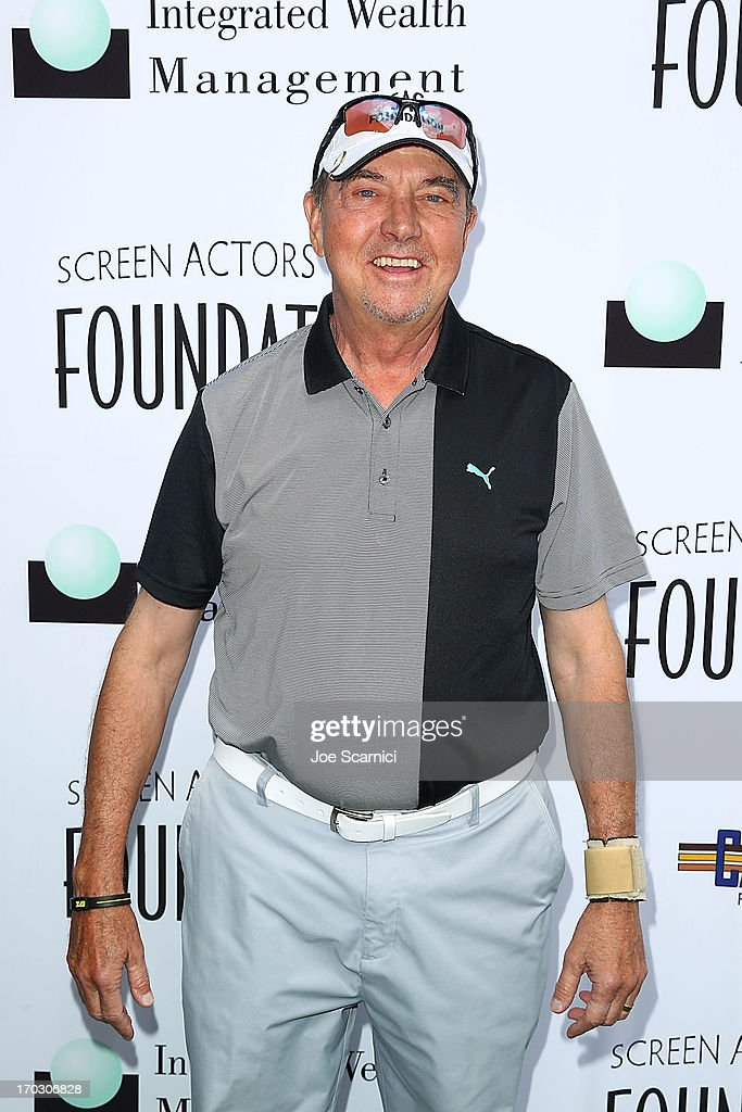 <a gi-track='captionPersonalityLinkClicked' href=/galleries/search?phrase=Gregory+Itzin&family=editorial&specificpeople=541982 ng-click='$event.stopPropagation()'>Gregory Itzin</a> arrives to the Screen Actors Guild Foundation's 4th annual Los Angeles golf classic at Lakeside Golf Club on June 10, 2013 in Burbank, California.