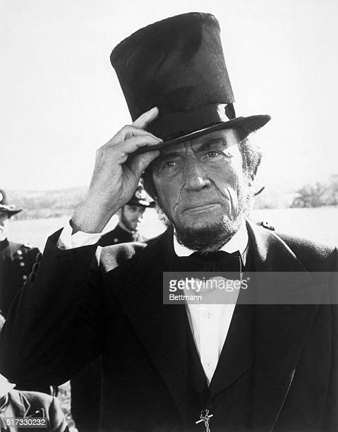 Gregory Peck as Abraham Lincoln in the TV miniseries 'The Blue and the Gray'