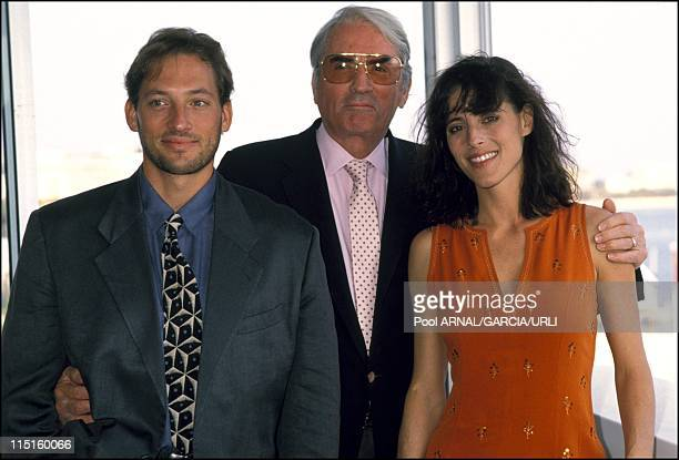 Gregory Peck with his son and daughter in France in 1989