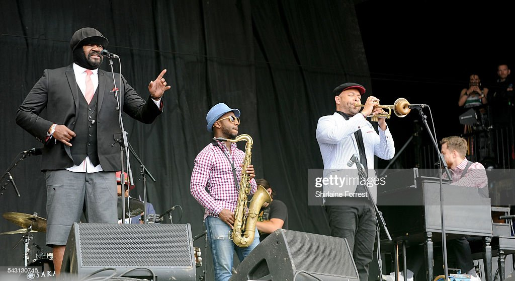 <a gi-track='captionPersonalityLinkClicked' href=/galleries/search?phrase=Gregory+Porter&family=editorial&specificpeople=7494861 ng-click='$event.stopPropagation()'>Gregory Porter</a> performs on The Pyramid Stage at Glastonbury Festival 2016 at Worthy Farm, Pilton on June 25, 2016 in Glastonbury, England.