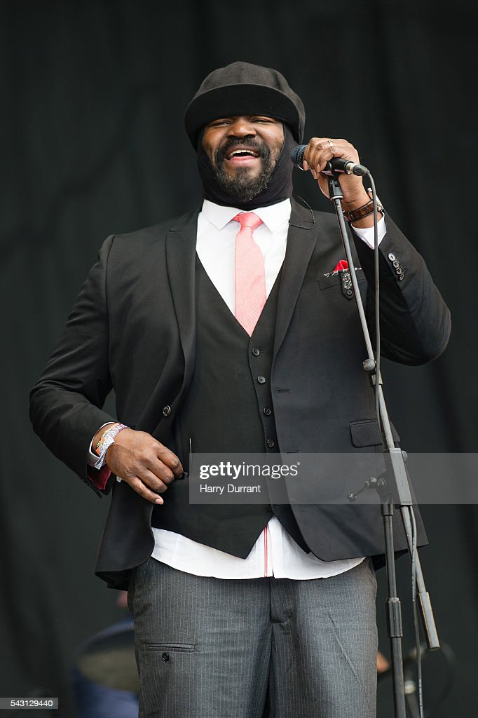 <a gi-track='captionPersonalityLinkClicked' href=/galleries/search?phrase=Gregory+Porter&family=editorial&specificpeople=7494861 ng-click='$event.stopPropagation()'>Gregory Porter</a> performs on The Pyramid Stage, Glastonbury Festival 2016 at Worthy Farm, Pilton on June 26, 2016 in Glastonbury, England.