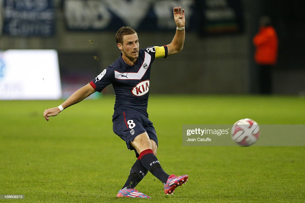<a gi-track='captionPersonalityLinkClicked' href=/galleries/search?phrase=Gregory+Sertic&family=editorial&specificpeople=5853019 ng-click='$event.stopPropagation()'>Gregory Sertic</a> of Bordeaux in action during the French Ligue 1 match between Stade de Reims and FC Girondins de Bordeaux at the Stade Auguste Delaune on October 3, 2014 in Reims, France.