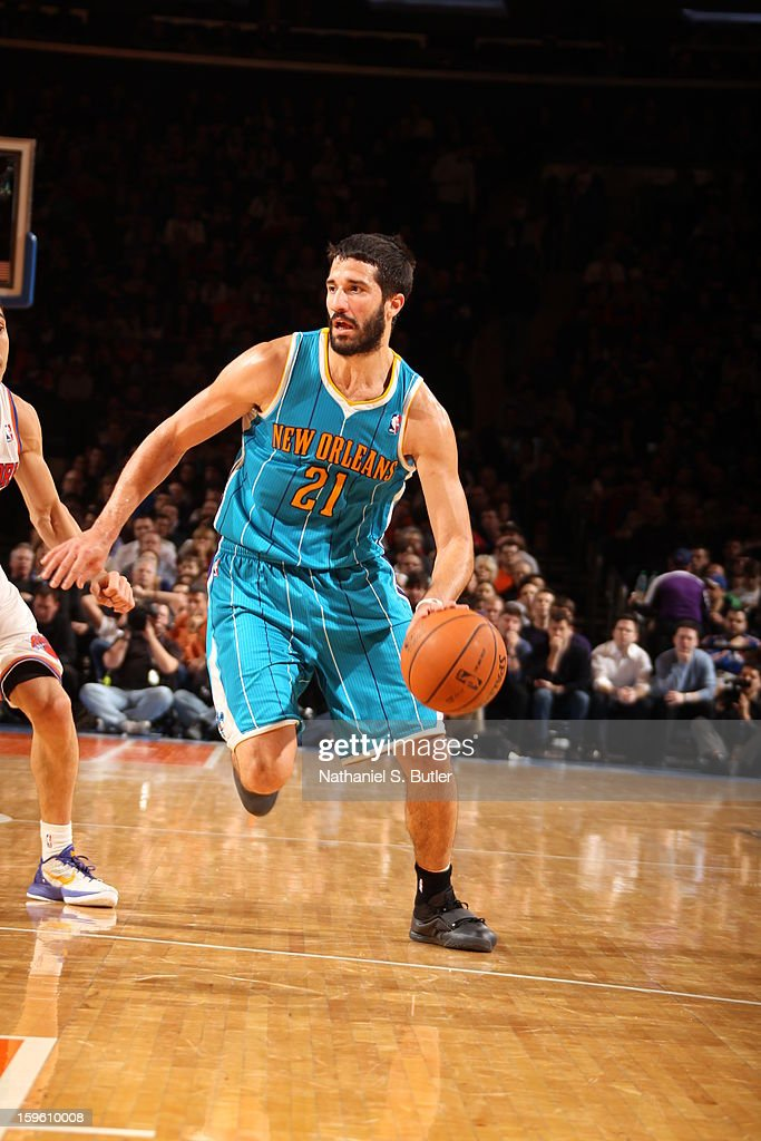 <a gi-track='captionPersonalityLinkClicked' href=/galleries/search?phrase=Greivis+Vasquez&family=editorial&specificpeople=4066977 ng-click='$event.stopPropagation()'>Greivis Vasquez</a> #21 of the New Orleans Hornets dribbles against the New York Knicks on January 13, 2013 at Madison Square Garden in New York City.