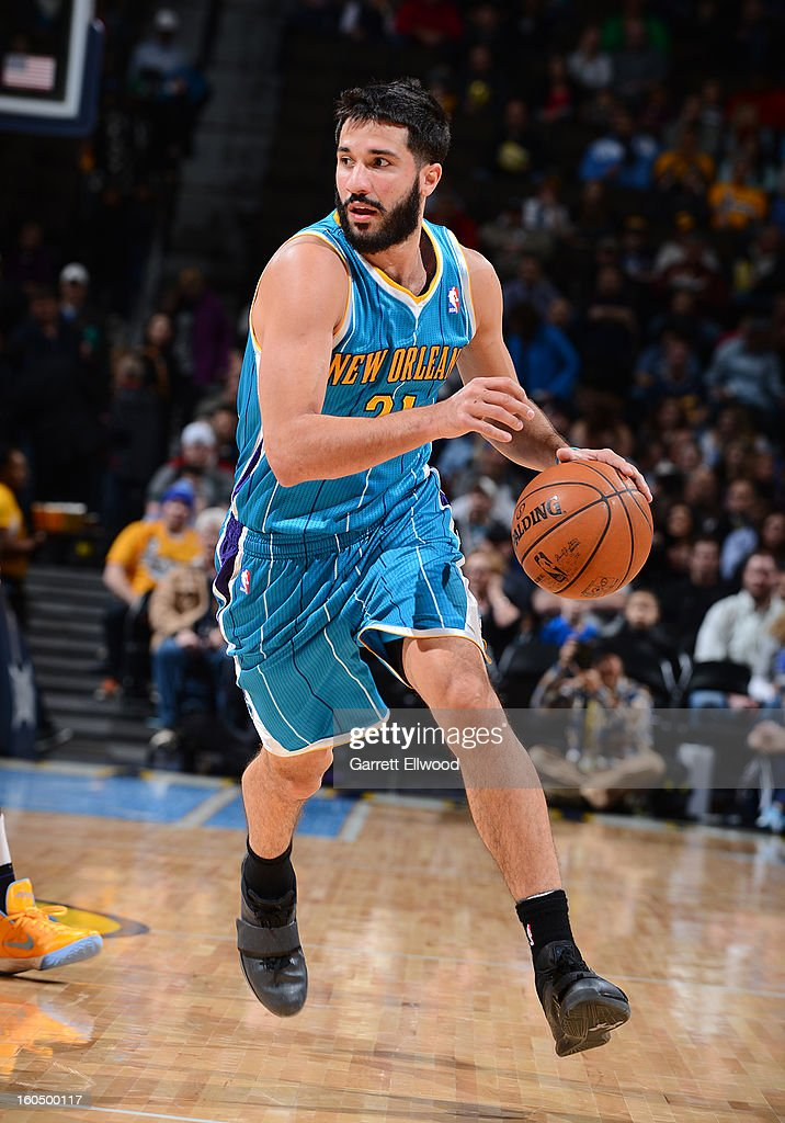 Greivis Vasquez #21 of the New Orleans Hornets drives against the Denver Nuggets on February 1, 2013 at the Pepsi Center in Denver, Colorado.