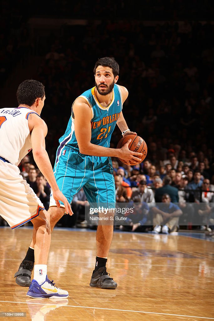 Greivis Vasquez #21 of the New Orleans Hornets protects the ball during the game between the New Orleans Hornets and the New York Knicks on January 13, 2013 at Madison Square Garden in New York City.
