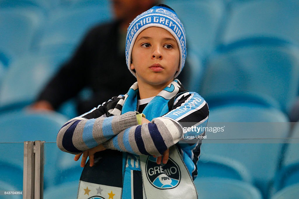 Gremio fan before the match Gremio v Santos as part of Brasileirao Series A 2016, at Arena do Gremio on June 03, 2015 in Porto Alegre, Brazil.