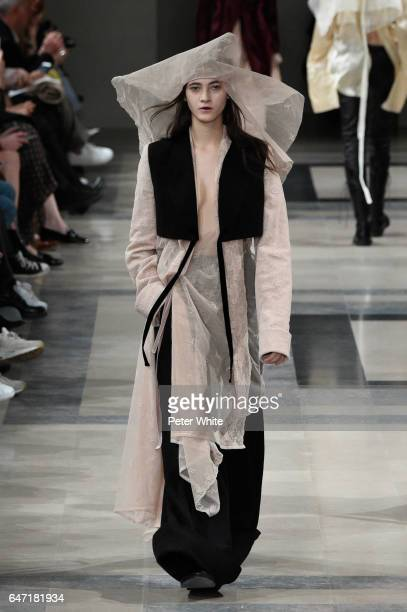 Greta Varlese walks the runway during the Ann Demeulemeester show as part of the Paris Fashion Week Womenswear Fall/Winter 2017/2018 >> on March 2...