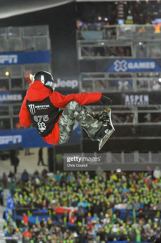 <a gi-track='captionPersonalityLinkClicked' href=/galleries/search?phrase=Gretchen+Bleiler&family=editorial&specificpeople=182504 ng-click='$event.stopPropagation()'>Gretchen Bleiler</a> competes in the Winter X-Games 2014 women's Snowboard Superpipe final at Buttermilk Mountain on January 25, 2014 in Aspen, Colorado. This was the last professional competition of Bleiler's career.