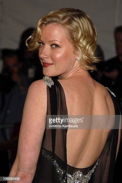 Gretchen Mol Nude Photos 81
