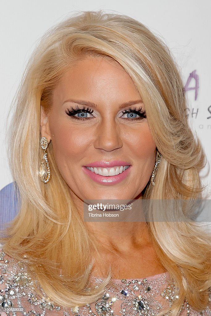 <a gi-track='captionPersonalityLinkClicked' href=/galleries/search?phrase=Gretchen+Rossi&family=editorial&specificpeople=5637804 ng-click='$event.stopPropagation()'>Gretchen Rossi</a> attends the 'Bags To Benefit' charity evening for CHAMPS High School of the Arts at Tru Hollywood on November 19, 2013 in Hollywood, California.