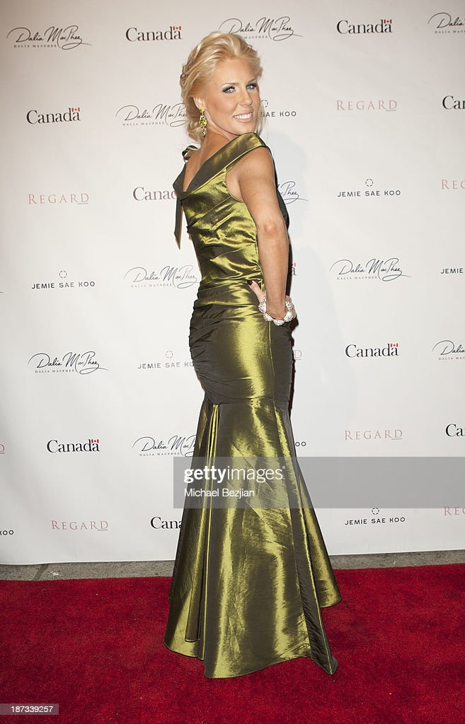 <a gi-track='captionPersonalityLinkClicked' href=/galleries/search?phrase=Gretchen+Rossi&family=editorial&specificpeople=5637804 ng-click='$event.stopPropagation()'>Gretchen Rossi</a> attends The Consul General Of Canada Mr. David Fransen Honors Canadian Fashion Designer, Dalia MacPhee on November 7, 2013 in Los Angeles, California.