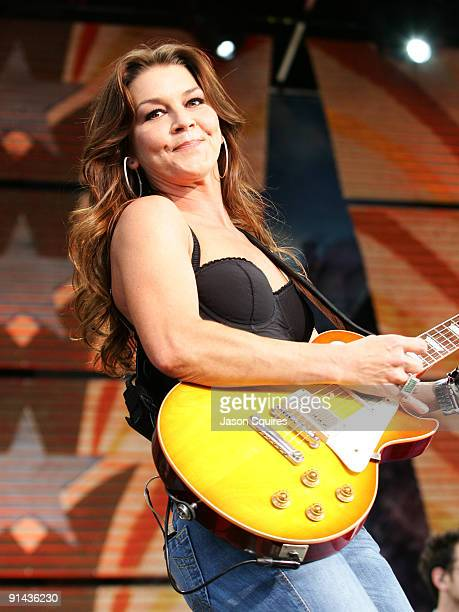 Gretchen Wilson performs at Farm Aid 2009 at the Verizon Wireless Amphitheater on October 4 2009 in St Louis Missouri