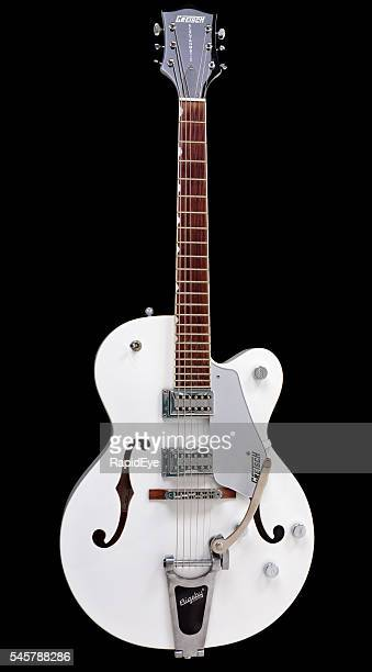 Gretsch G5120 Electromatic archtop electric guitar with Bigsby tremolo system