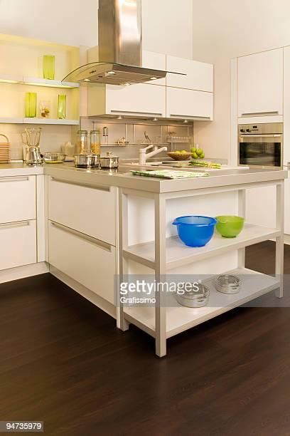 Grau und Weiß moderne Küche