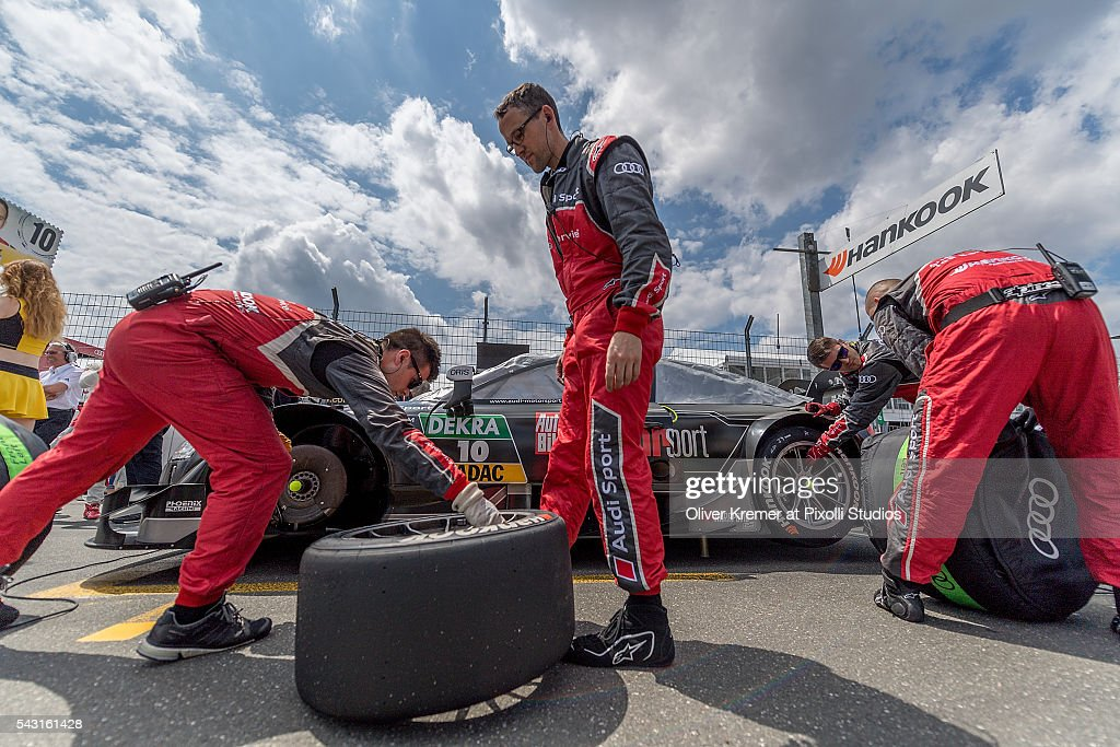 Grid Mechanics in action at the car of Timo Schneider (GER) of Audi Sport Team Phoenix prior to the German Touring Car Championship race at the Norisring during Day 3 of the 74. International ADAC Norisring Speedweekend on June 26, 2016 in Nuremberg, Germany.