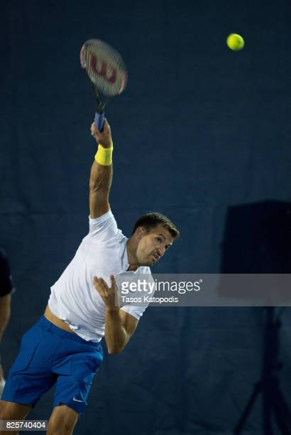 Grigor Dimitrov of Bulgaria competes with Kyle Edmund of South Africa at William HG FitzGerald Tennis Center on August 2 2017 in Washington DC