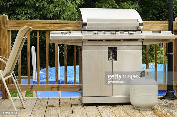 grill and tank