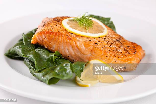 Grill salmon and spinach