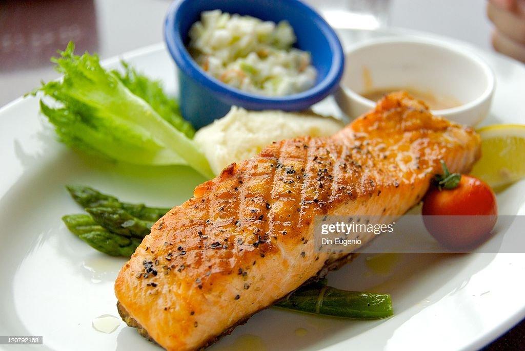 Grill Salmon : Stock Photo