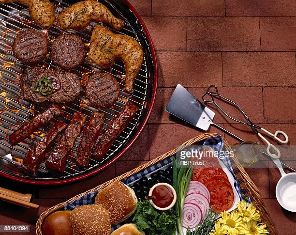 Grill with assorted meats with fresh toppings