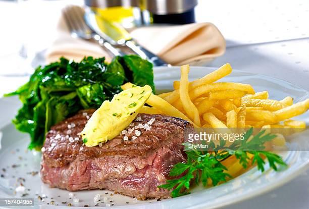 steak de bœuf grillé