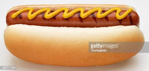 A la parrilla, perros calientes en nitrógeno ureico en sangre (Bun