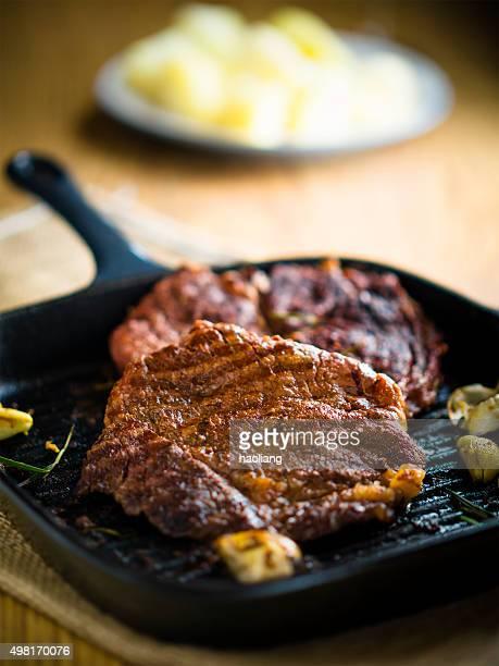 Faux-filet de bœuf grillé
