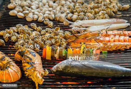 Grilled sea food on the grill : Stockfoto