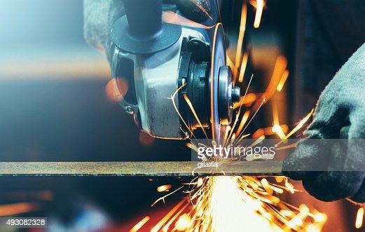 Grinding steel tube.