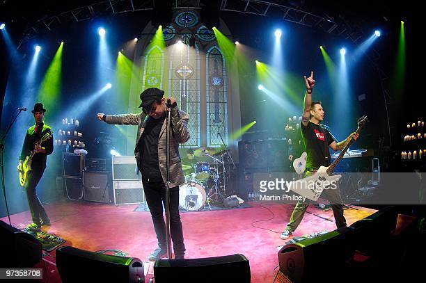 Grinspoon perform on Vodafone Live at the Chapel TV show on 24th July 2007 in Melbourne Australia