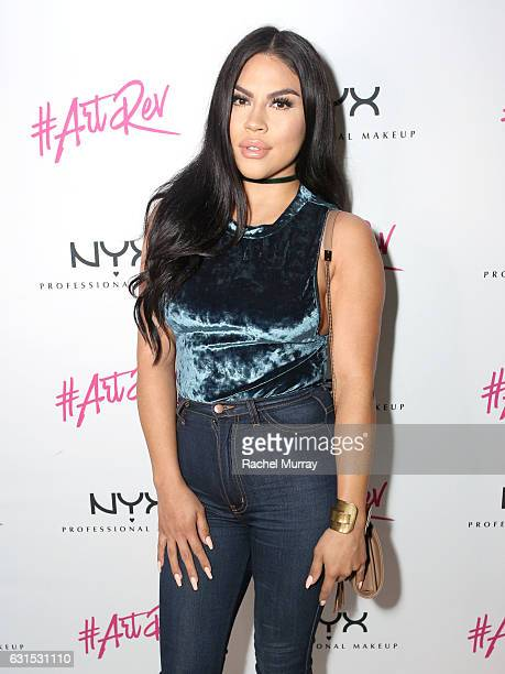 Griselda Martinez @makeupbygriselda attends the NYX Cosmetics professional makeup #ArtRev 2017 Welcome Party on January 11 2017 in West Hollywood...