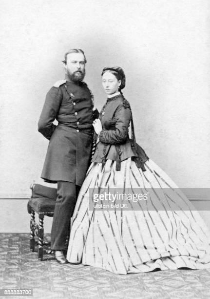 Großherzog Nikolaus Friedrich Peter von Oldenburg Peter II und Herzogin Prinzessin Elisabeth Pauline Alexandrine Ernst Milster Originalaufnahme im...