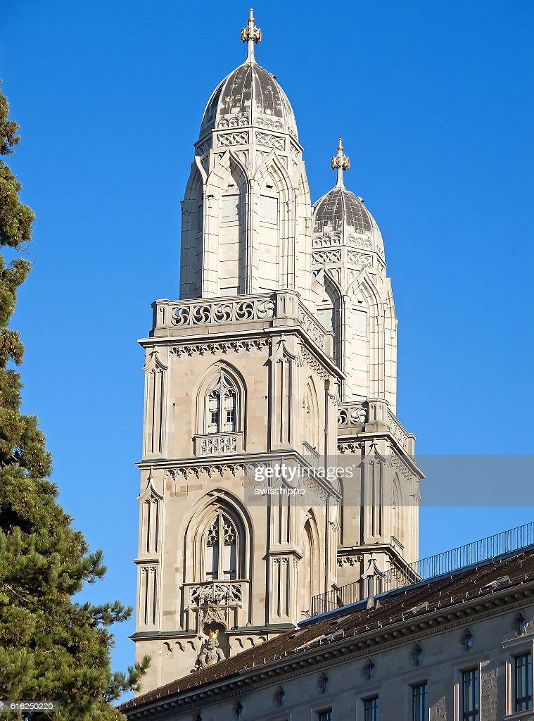 """"""""""" Catedral de Grossmunster em Zurique : Foto de stock"""