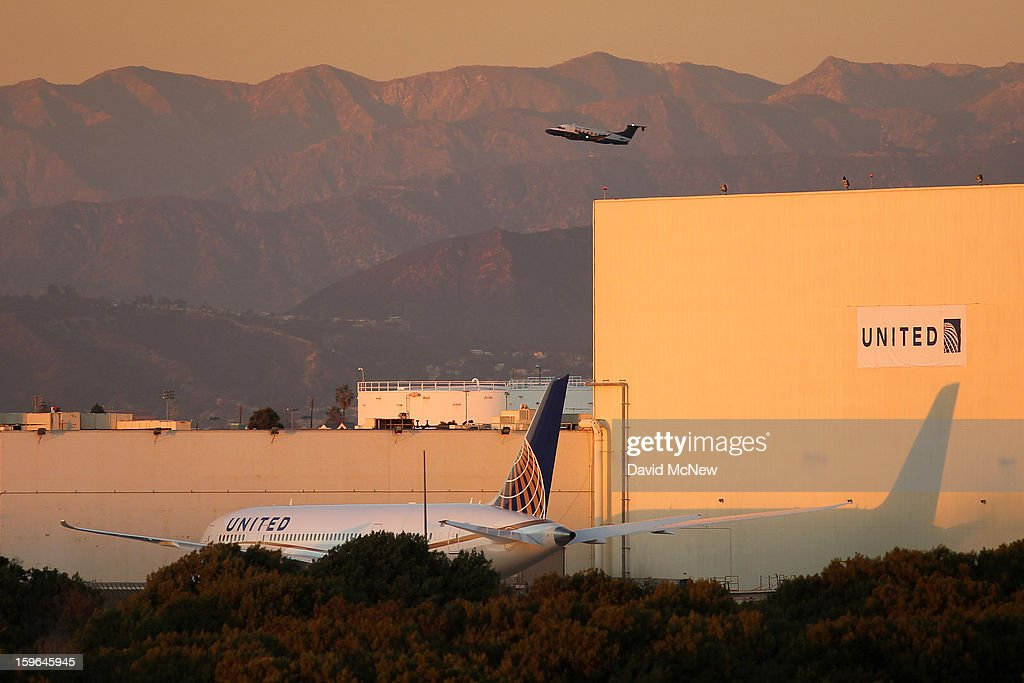 A grounded Boeing 787 Dreamliner jet operated by United Airlines is parked near a United Airlines hanger at Los Angeles International Airport (LAX) on January 17, 2013 in Los Angeles, California. The Federal Aviation Administration has grounded all U.S.-registered Boeing 787 Dreamliner jets for the repair of batteries believed to be linked to a fire risk following a number of related 787 aircraft incidents this month.