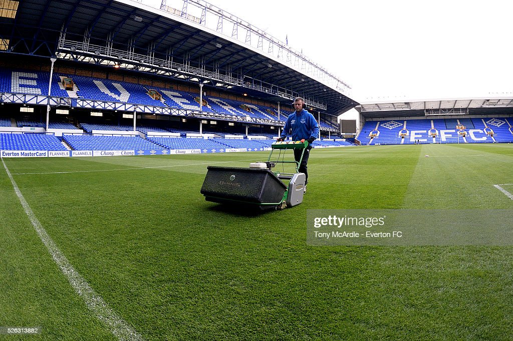 Groundsman Tony Balshaw prepares the pitch before the Barclays Premier League match between Everton and A.F.C. Bournemouth at Goodison Park on April 30, 2016 in Liverpool, England.