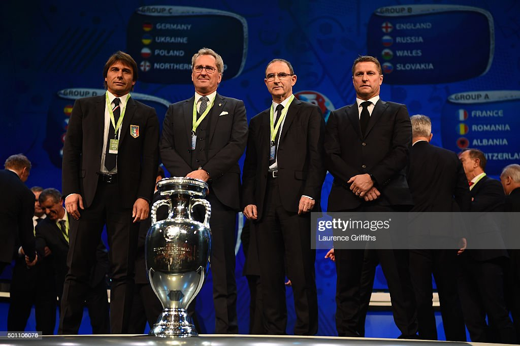 Group E managers, <a gi-track='captionPersonalityLinkClicked' href=/galleries/search?phrase=Antonio+Conte&family=editorial&specificpeople=2379002 ng-click='$event.stopPropagation()'>Antonio Conte</a> Manager of Italy, <a gi-track='captionPersonalityLinkClicked' href=/galleries/search?phrase=Erik+Hamren+-+Soccer+Manager&family=editorial&specificpeople=9462386 ng-click='$event.stopPropagation()'>Erik Hamren</a> Manager of Sweden, <a gi-track='captionPersonalityLinkClicked' href=/galleries/search?phrase=Martin+O%27Neill&family=editorial&specificpeople=201190 ng-click='$event.stopPropagation()'>Martin O'Neill</a> Manager of Republic of Ireland, Vital Borkelmans assistant coach of Belgium pose for photographs during the UEFA Euro 2016 Final Draw Ceremony at Palais des Congres on December 12, 2015 in Paris, France.