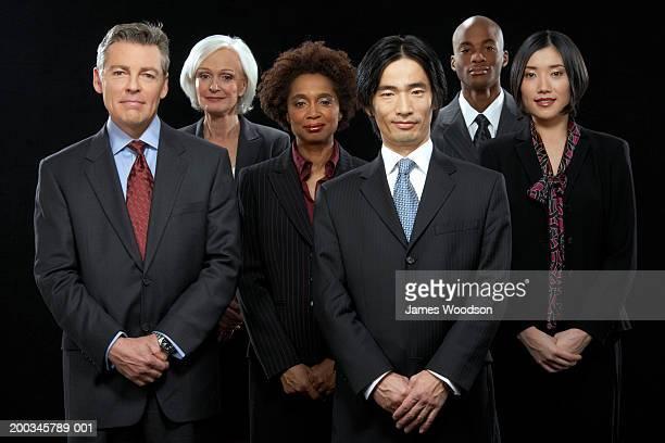 Groupe de gens d'affaires, souriant, portrait (numérique composite