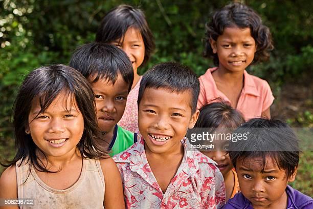 カンボジアのお子様のグループ