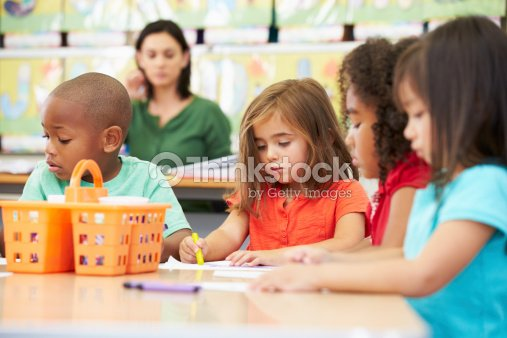 how to become a daycare worker montreal