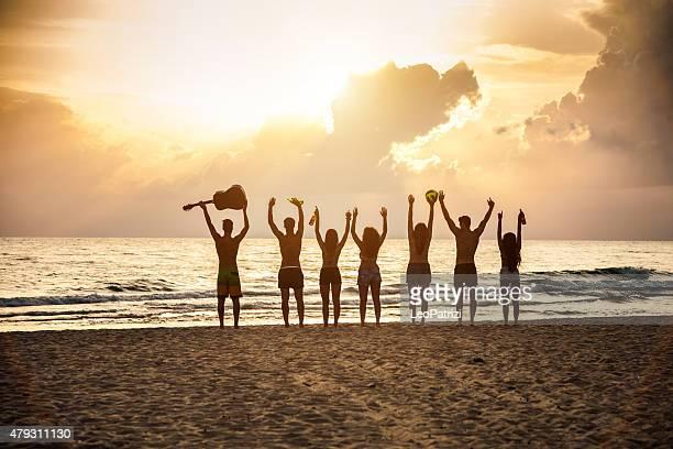 ご友人のグループにはビーチ