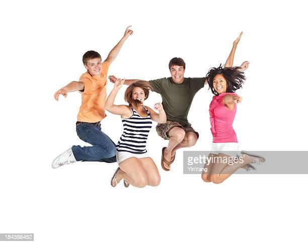 Groupe de jeunes heureux de sauter posture sur fond blanc