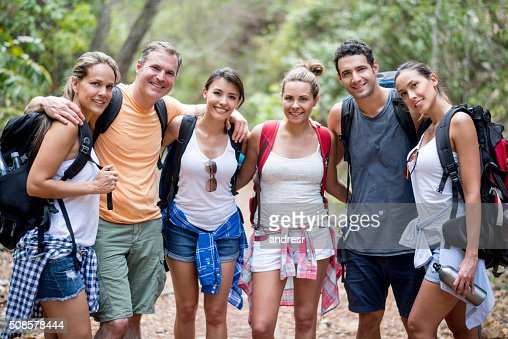 Group of hikers looking very happy outdoors : Stock-Foto