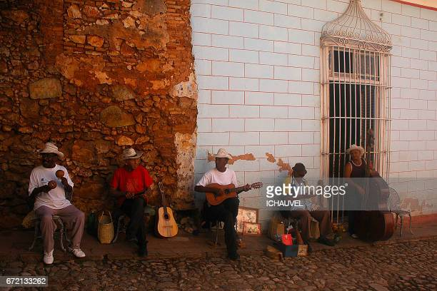 group of old musicians Cuba