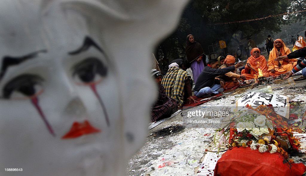 A group of protesters performing havan for the 23 yr old gang rape victim at Jantar Mantar on January 2, 2013 in New Delhi, India.