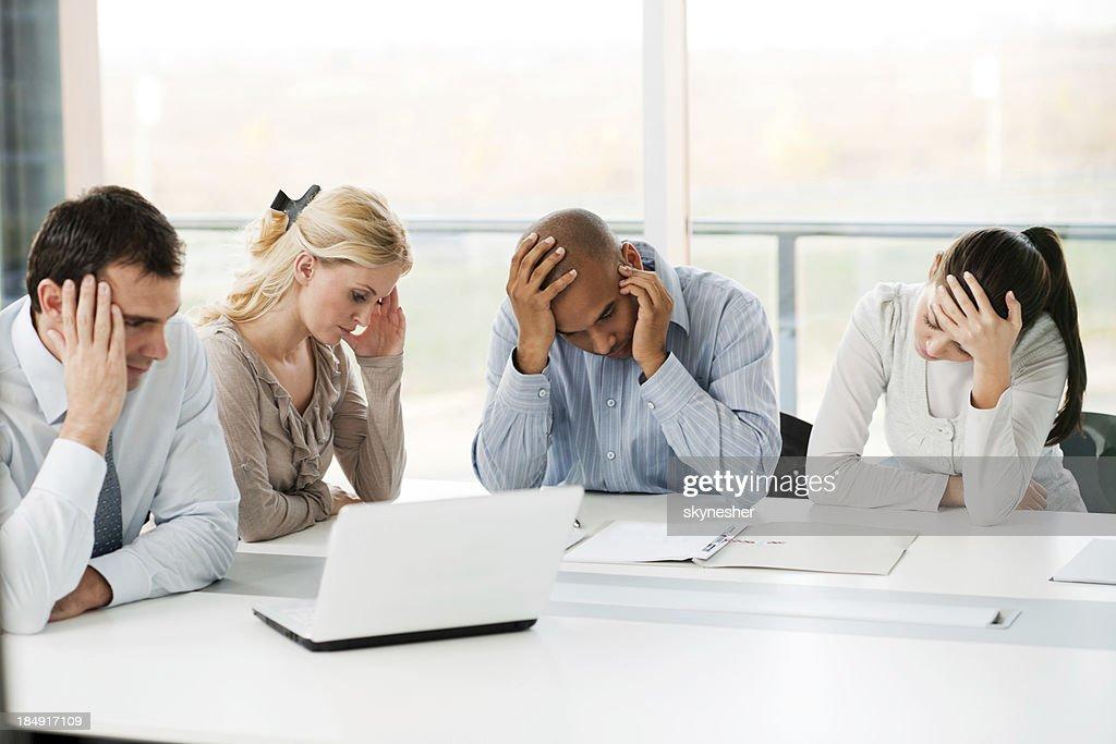 Gruppo di uomini d'affari di stress problemi. : Foto stock