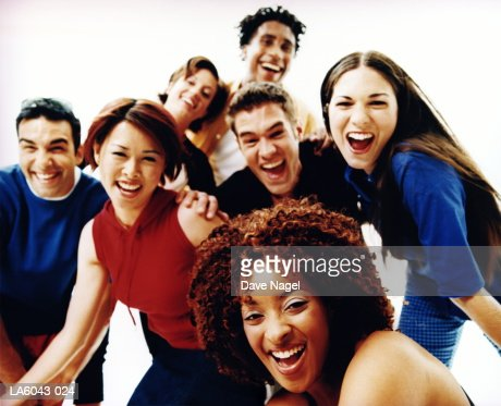 Group of teenagers (17-19) smiling, portrait : Photo