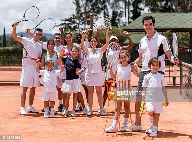 Grupo de jogadores de ténis