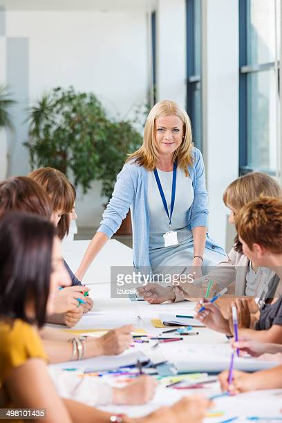 Gruppe von Frauen in der Schulung